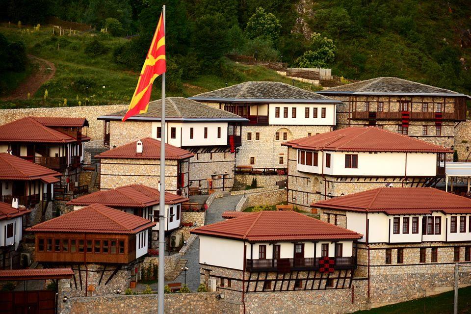 Ганка Цветанова: Со закани, уцени и рекет го затворија Македонско село, за да го направат Стартап село! Пу, јаз'к да ви е!