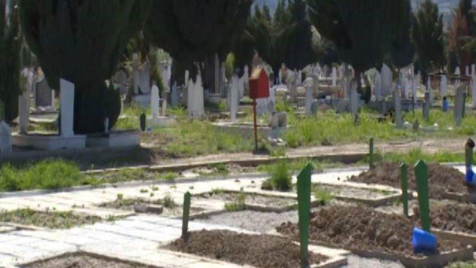 Зибери: На погребот на заболениот имало 200 души, семејството не сака да се тестира