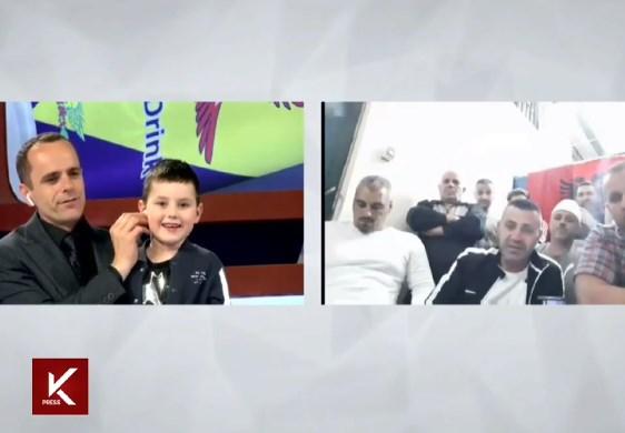Терористите од Диво Насеље од затвор во живо на косовска телевизија