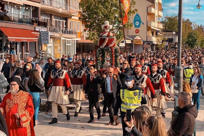Центарот за јавно здравје тврди дека новозаболените лица во Охрид не биле на литијата, Манчевски демантиран