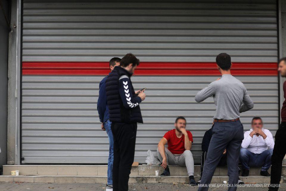 Засега нема полициски час, ни карантин за Чаир, Сарај, Штип…