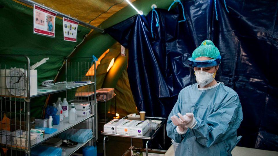 Почна масовното тестирање на текстилните работници во петте конфекции во Штип