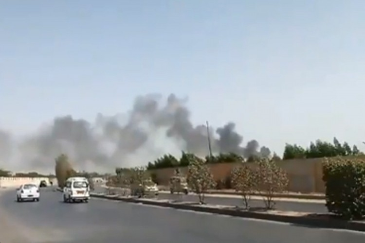 Авион со 107 патници и членови на екипажот се урна во Пакистан