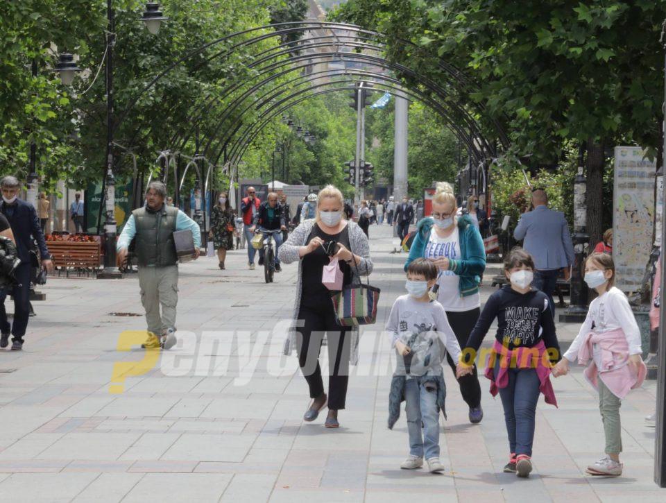 Влада: Логично е родителите да се вратат на работа