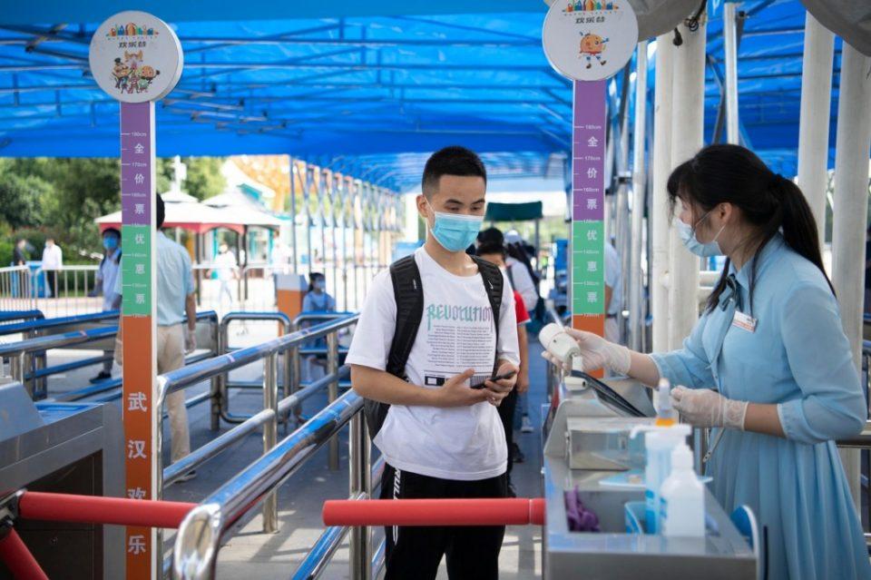 Во Вухан слета првиот меѓународен авион од јануари