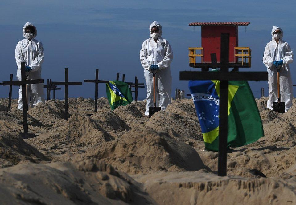 Пандемијата го зави Бразил во црно: Веќе има над 130.000 жртви од Ковид-19
