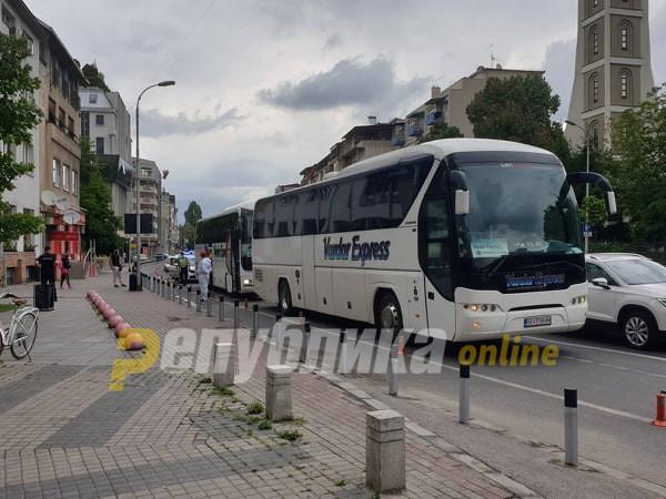 Зголемен дозволениот капацитет на патници за патничките автобуси