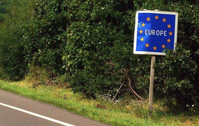 Патувањата ќе станат уште потешки: ЕУ ќе ја зголеми контролата во Шенген зоната по терористичкит напад во Виена