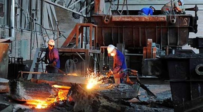 Драстично паѓа: Индустриското производство во мај со пад од 27 отсто
