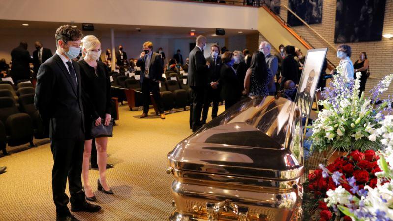 Илјадници присутни на комеморацијата на Џорџ Флојд во Минеаполис