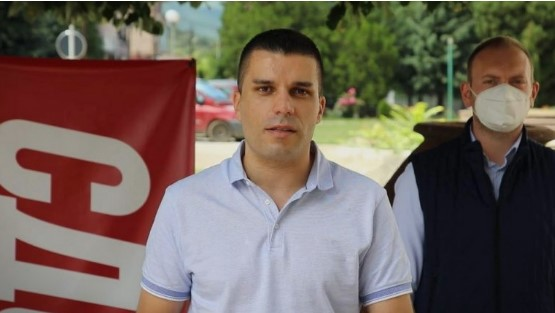 Министерот за антикорупција Николовски си го вработил братучедот во МНАВ за плата од 100.000 денари