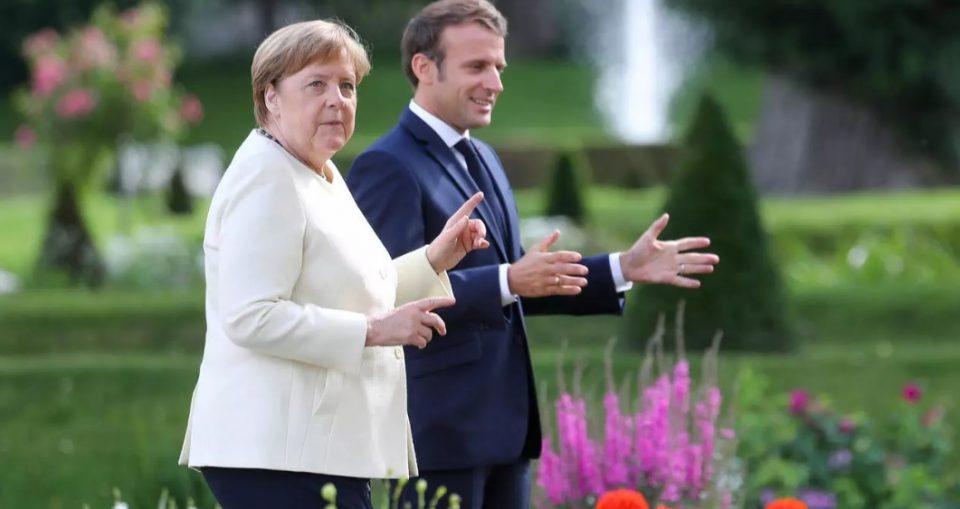 Меркел никогаш не е видена да носи маска, вели: Уловете ме на пазарување
