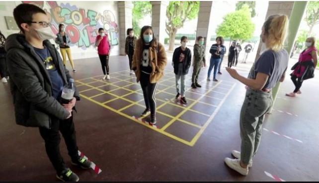 Дваесет и две училишта се затворени во Франција поради случаи на коронавирус
