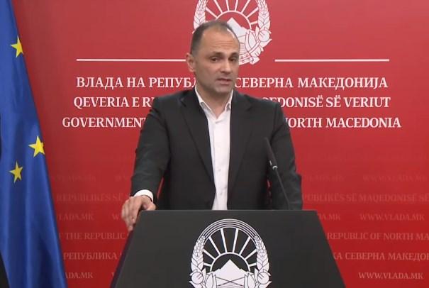 ВО ЖИВО: Прес-конференција на министерот за здравство Венко Филипче
