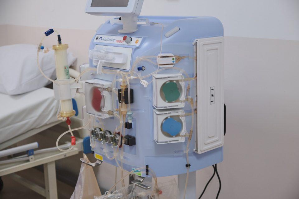 Се подготвуваат тимови на нефролози и инфектолози за изведување специфични третмани кај најтешките пациенти со ковид-19 инфекции