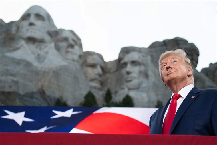 """Трамп вети дека ќе ја победи """"радикалната левица"""" во говорот за Денот на независноста"""