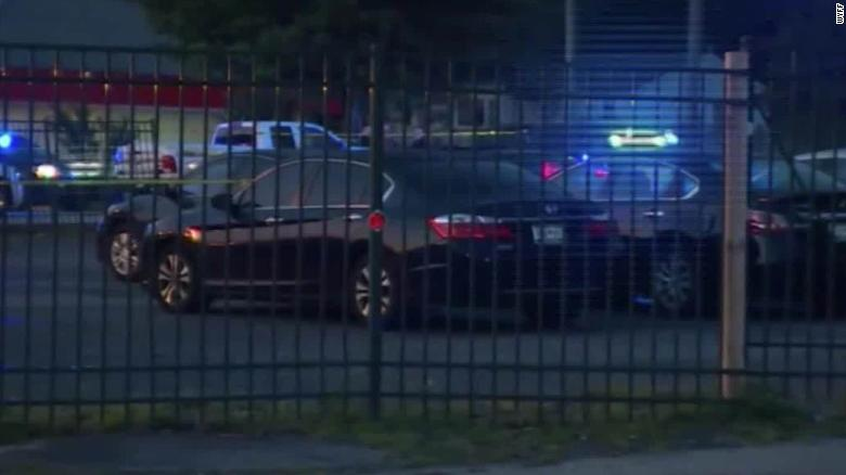 Пукање во ноќен клуб во Јужна Каролина, двајца мртви и осум ранети