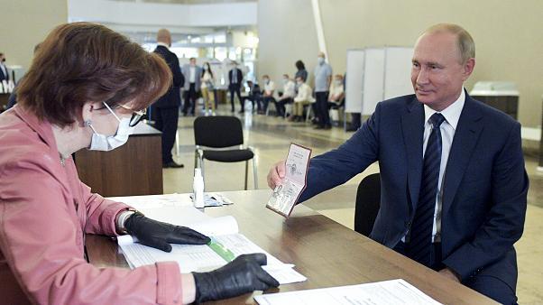 Русите му дадоа можност на Путин да остане на власт до 2036 година