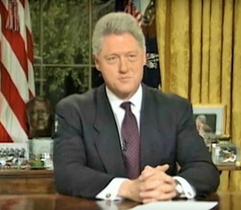 Клинтон планирал да ја бомбардира и Босна и Херцеговина за да ги уништи Србите