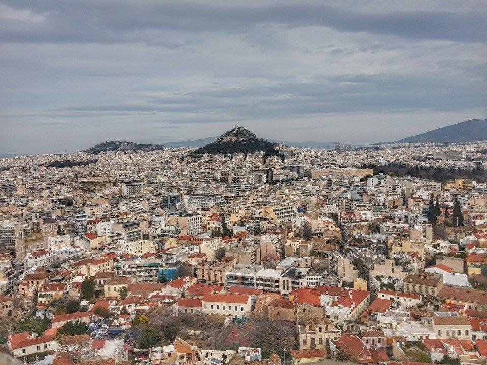 И во Грција расте бројот на новозаболени од коронавирусот