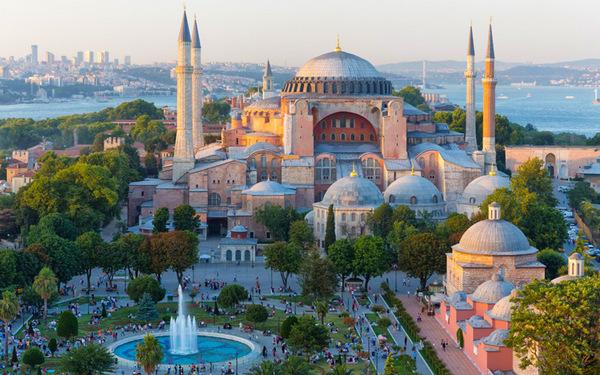 """Ќе остане музеј или ќе се претвори во џамија-одлука за  """"Аја Софија"""" за 15 дена"""