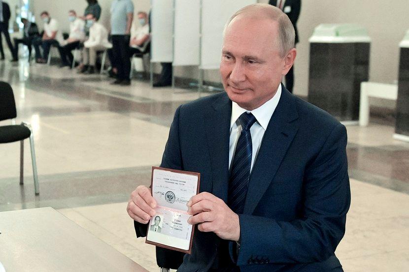 Песков: Претседателот е добро и нема да поднесе оставка