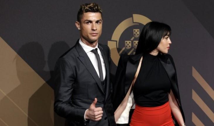 """Од продавачка во """"Гучи"""" до креветот на Кристијано: Како Роналдо ја """"смувал"""" Георгина"""