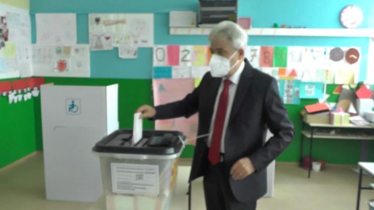 Ахмети: Очекувам победа во албанскиот кампус