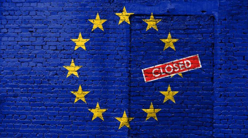 ЕУ го учи Балканот како да се бори против лажните вести