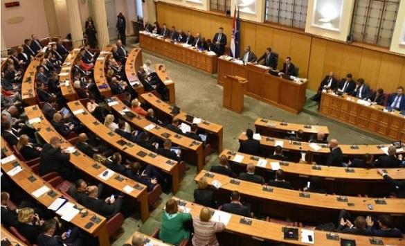 За вакцинирање се пријавиле 51 пратеник во хрватскиот парламент