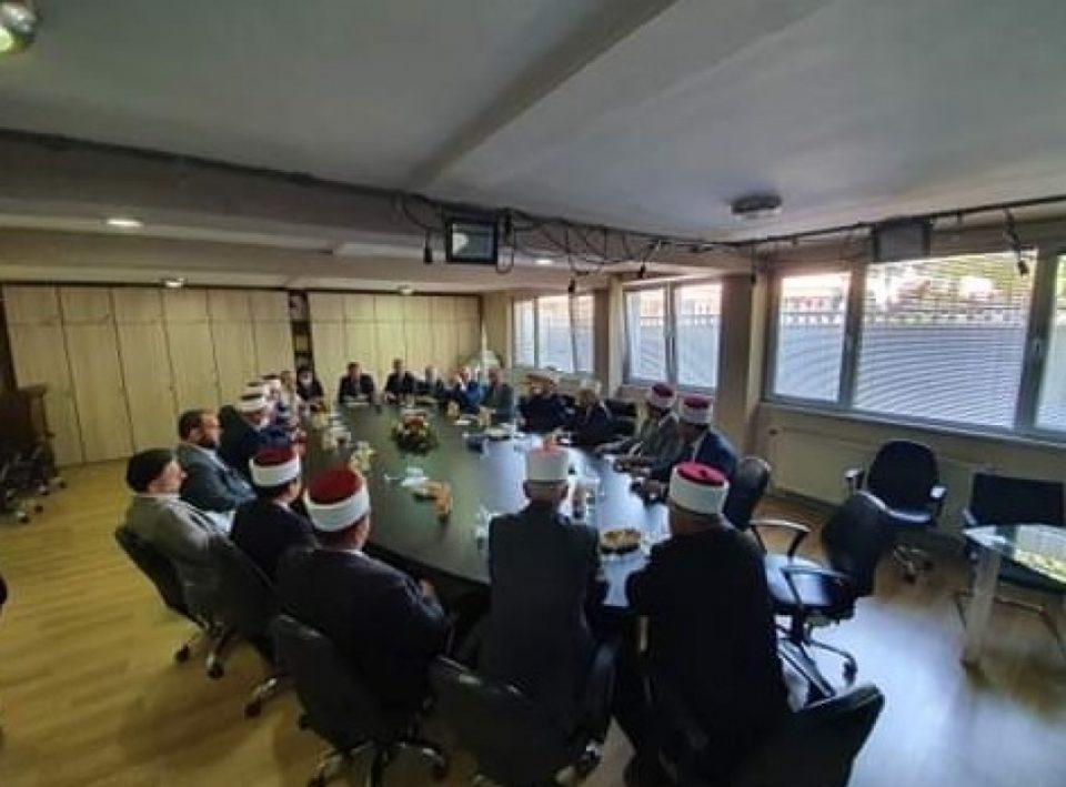 Заразени високи службеници од ИВЗ, имале средба со делегацијата од ИВЗ од Косово