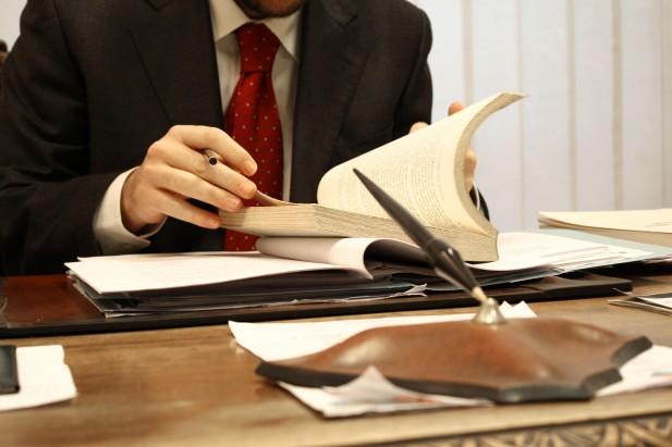 Извршителите од денеска продолжуваат со присилна наплата на долговите