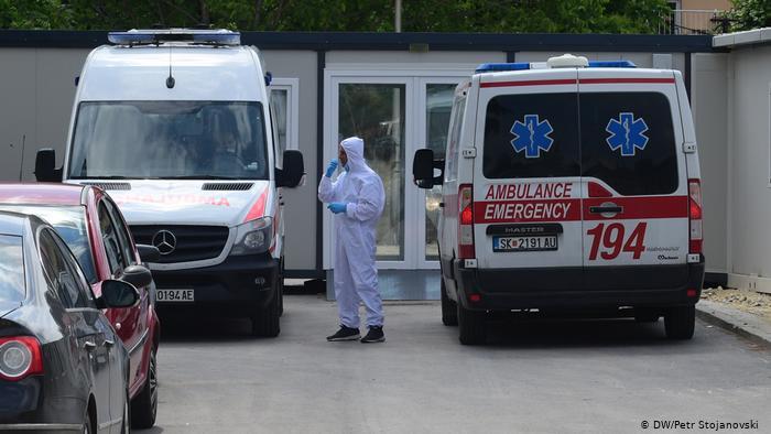 Бројката не стивнува: Седум починати и нови 165 случаи на Ковид 19