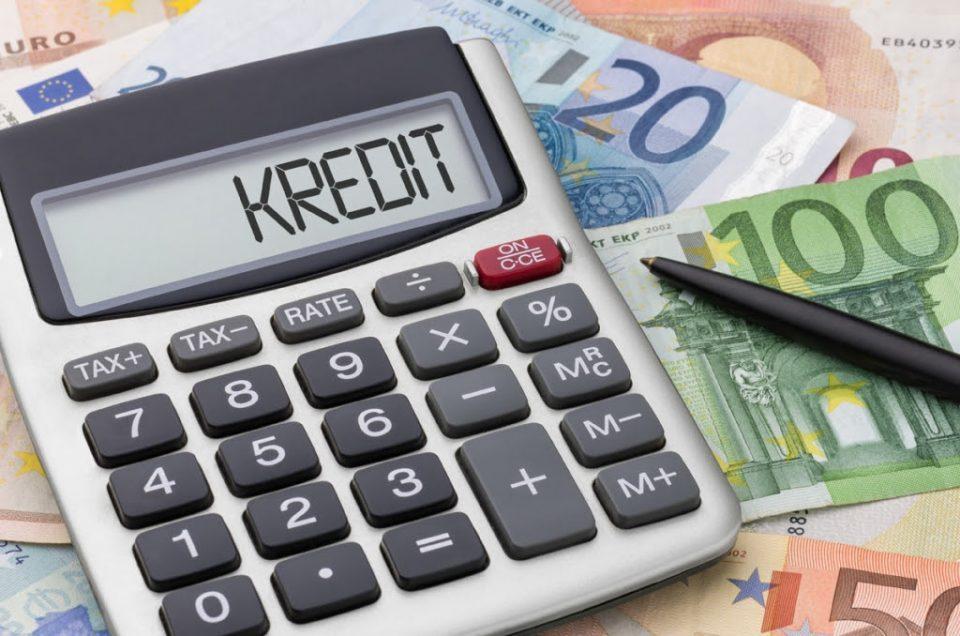 Граѓаните и компаниите на банките им должат 5,5 милиони евра