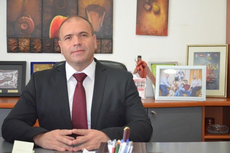 Куманово бара поставување на монтажна ковид болница
