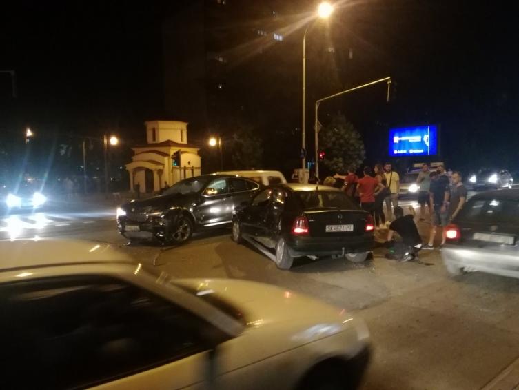 Едно лице повредено во тешка сообраќајка која се случи во Кисела Вода