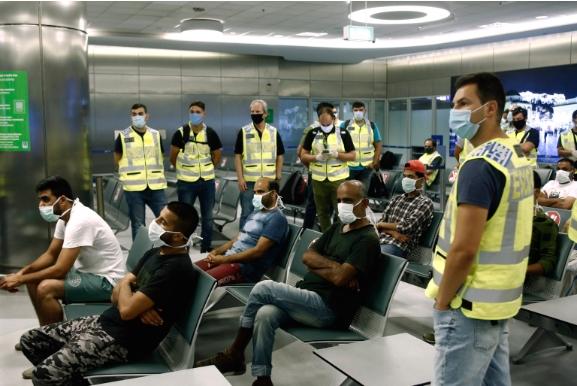 Мигранти од Грција биле депортирани во Пакистан