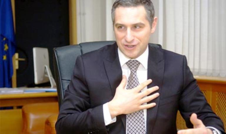 Последниот пат кога во ВМРО беше стратег, Груевски го болеше глава, сега на ред е Заев