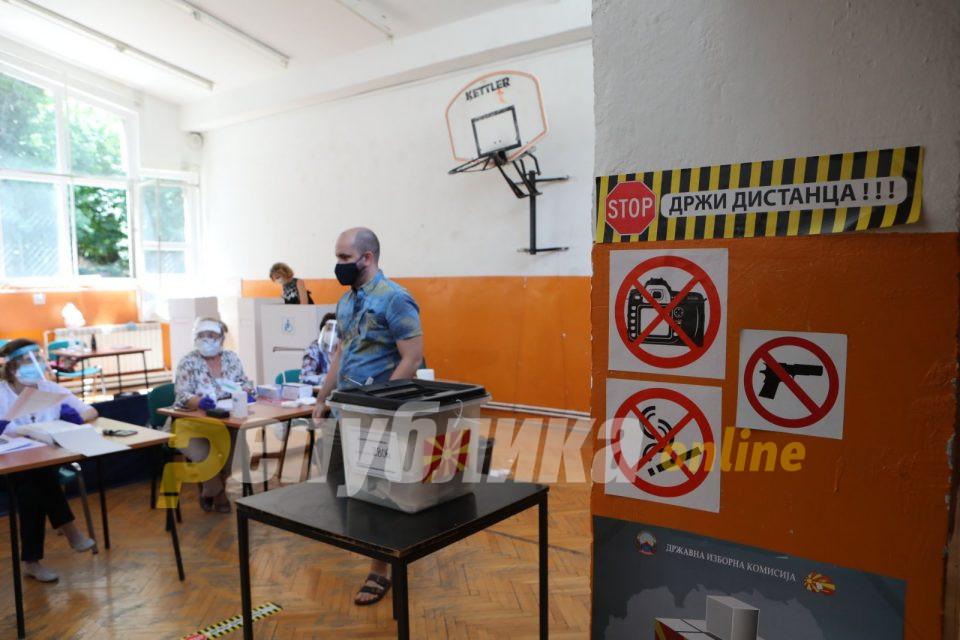 Уапсен маж во Скопје: Се расправал со членовите на избирачкиот одбор