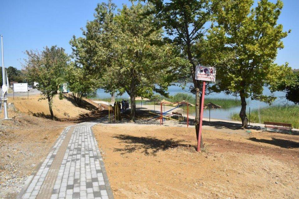 """На велешко езеро """"Младост """" пуштена на користење целосно реновираната """"Прва плажа"""""""