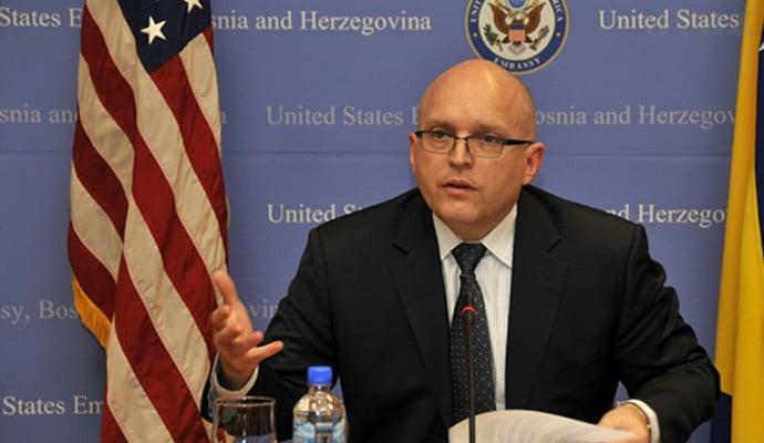 Рикер: САД и ЕУ се ангажирани во процесот за нормализација на односите меѓу Србија и Косово