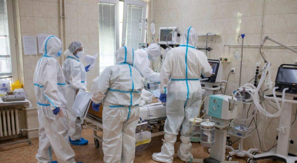 Секој ден е поцрн од претходниот: Во  Србија 51 починати и повеќе од 7.500 заразени