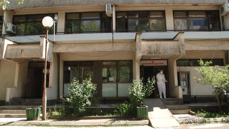 Нема место: Пополнети 35 болнички кревети на штипското Инфективно одделение