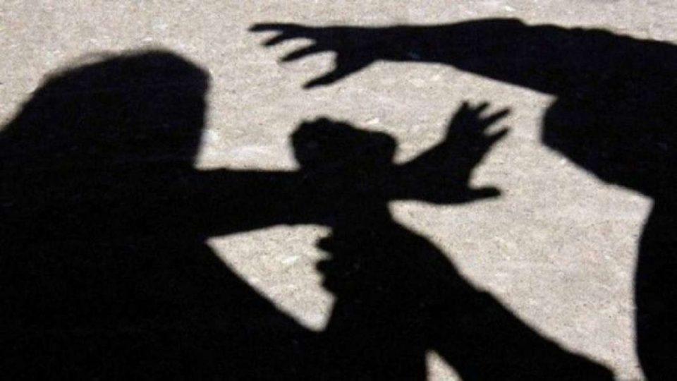 Тинејџер нападнал полицајци во Кисела Вода оти му побарале лична карта за идентификација