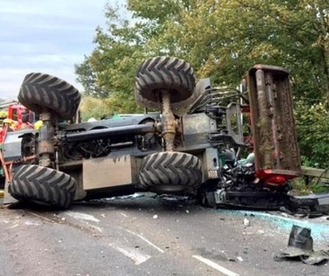Тројца повредени во тракторска несреќа