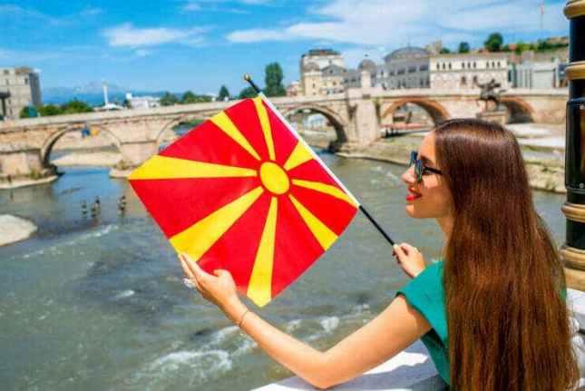 Стопанска комора за туризам: Субвенциите за плати да важат и за фирмите што отпуштиле работници