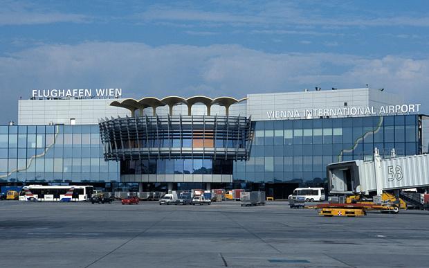 Рампа за регионот: Австрија забранува слетувања на авиони од Западен Балкан и Македонија