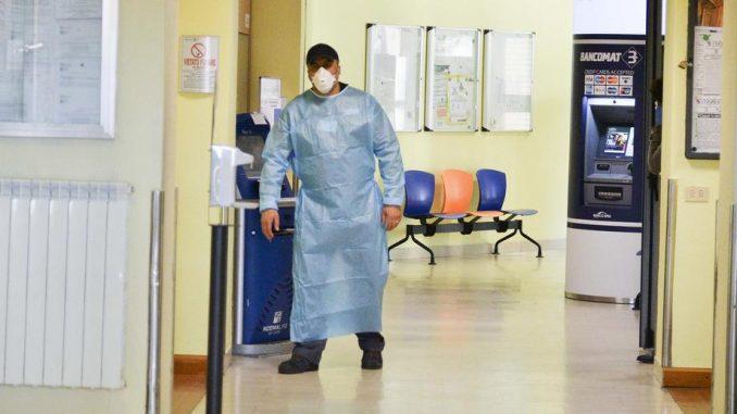 Србија ја загуби контролата врз коронавирусот, пишуваат германските медиуми