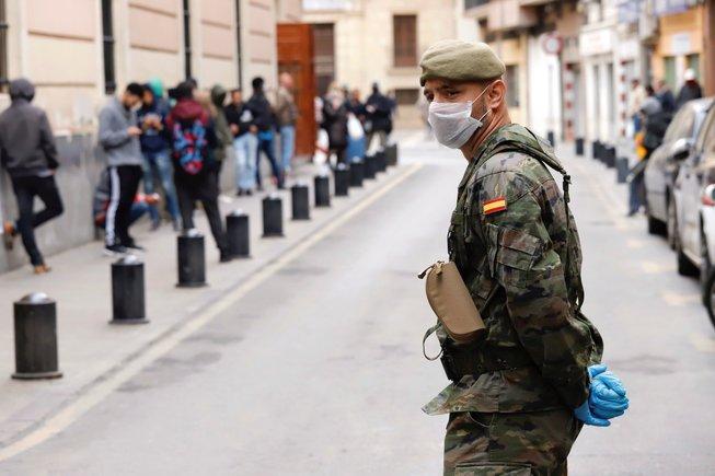 Вонредна состојба во Шпанија, воведен е полициски час