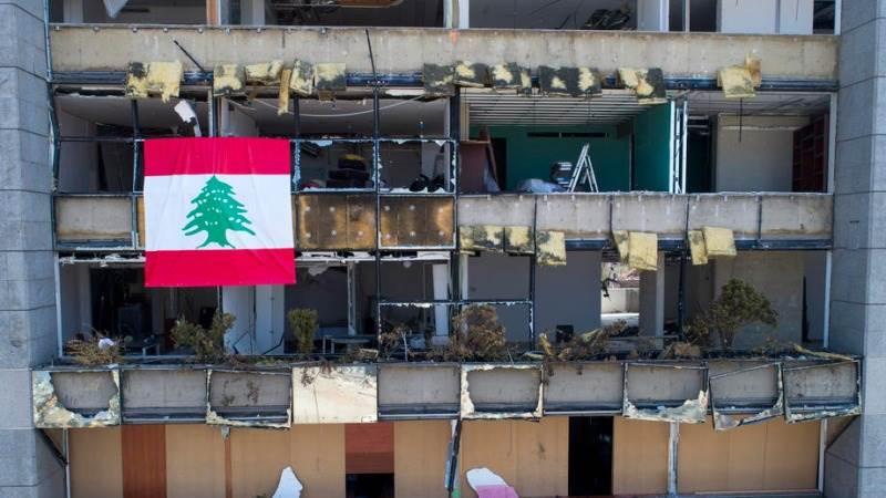Пожар на пристаништето во Бејрут еден месец по катастрофалната експлозија